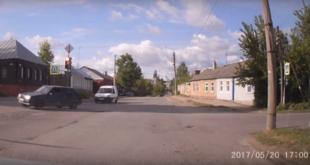 Опасный маневр водителя попал на видео
