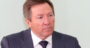 Олег Королев пожелал выпускникам стать достойными гражданами России