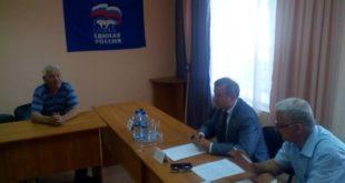 Владимир Богодухов провел прием граждан во Льве Толстом