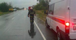 Последствия разгула стихии под Задонском смогут устранить не ранее 23 часов