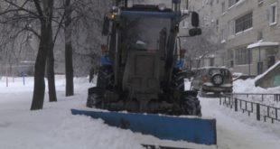 Снег ночью готовы чистить 414 единиц техники