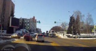 Липчанин возмутился наглостью водителя легковушки (видео)
