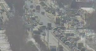 Проспект Победы в Липецке замер в пробке из-за ДТП