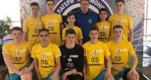 Грязинские футболисты защитили честь региона