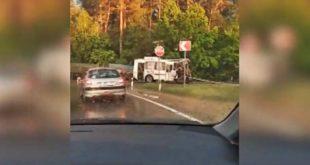 У автобуса разлетелась водительская кабина в ДТП под Липецком