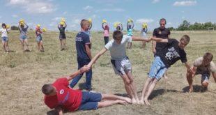 Палаточные лагеря разбили дети в Липецкой области