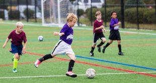 Начинающие футболисты приглашают болельщиков на турнир