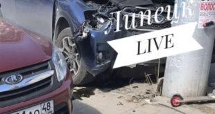«Субару» влетела в столб на Семашко, женщина и ребенок получили переломы