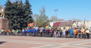 Свыше 300 грязинцев приняли участие в велопробеге Грязи-Двуречки