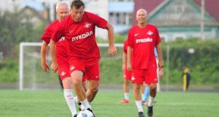 Гаврилов, Титов и Шмаров сыграют в Ельце под руководством Романцева