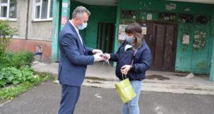 Очередную партию масок сшила липчанка для волонтерского центра